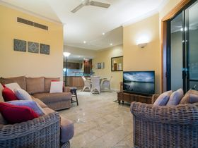 Point 8 Villa living room Luxury Accommodation Port Douglas